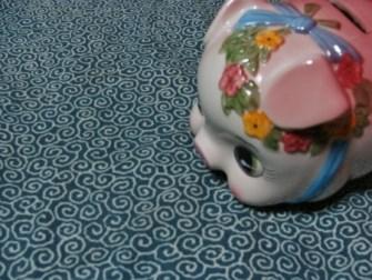 奄美ゲストハウス昭和荘の豚貯金箱