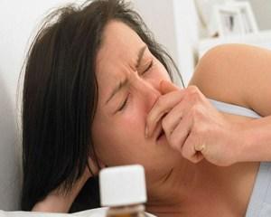 насморк при беременности 1 триместр, чем лечить