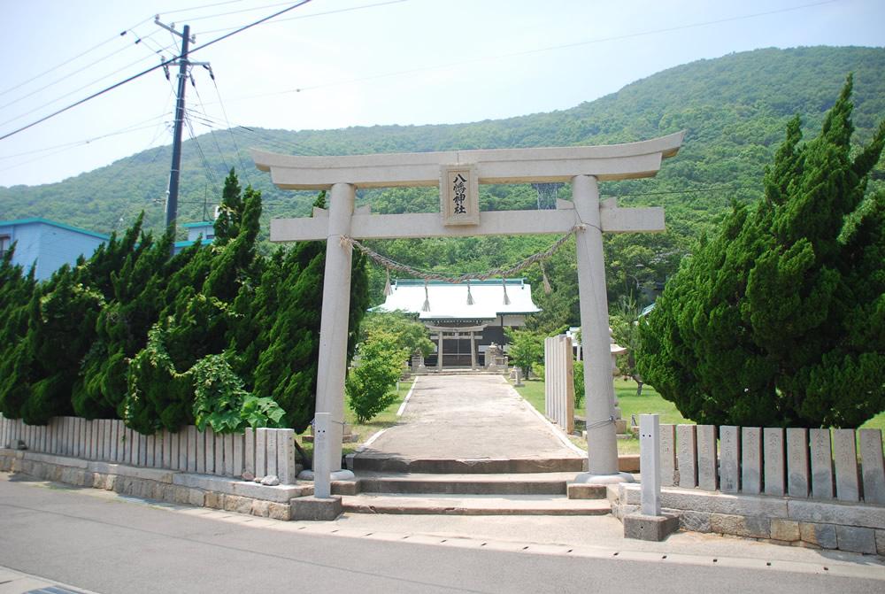 一気に八幡神社へ