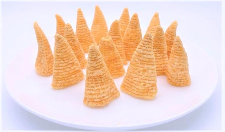ハウス食品 とんがりコーン あっさり塩 懐かしいお菓子 japanese-nostalgia-snacks-housefoods-tongaricorn-salt-taste-corn-snacks-2020