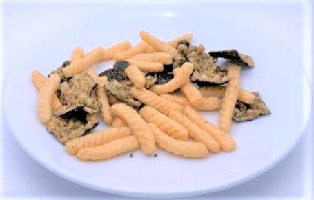 お菓子 まるか食品 かっぱえびせん 梅と赤しそ香るサクサクのり天 カルビーとコラボ 2020 japanese-snacks-maruka-and-calbee-kappaebisen-nori-tempura-ume-and-shiso-flavored-2020