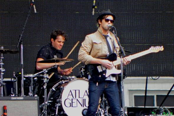 Atlas-Genius-Pat