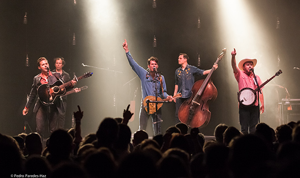 Old Crow Medicine Show at The Regency // Photo by Pedro Paredes