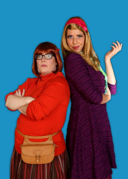 (left to right) Caitlin Jackson as Velva and Elizabeth Lesinski as Daffy in a publicity image for Hell in a Handbag's world premiere of SKOOBY DON'T by David Cerda, directed by Derek Van Barham. Photo by Rick Aguilar Studios.