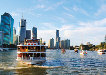 Cruise day or night with Kookaburra Showboat Cruises