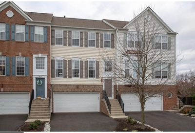 302 Hilltop Court 14 Warrington PA 18976
