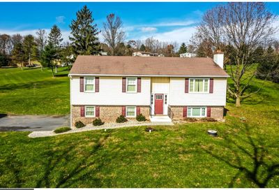 2364 Hopewell Road Elverson PA 19520