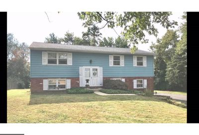48 Schoolhouse Road Chalfont PA 18914