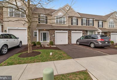 302 Oxford Lane Chalfont PA 18914