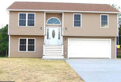 6935 Winchester Avenue Inwood WV 25428
