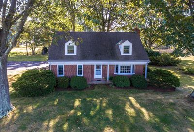 203 W Sandy Ridge Road Doylestown PA 18901