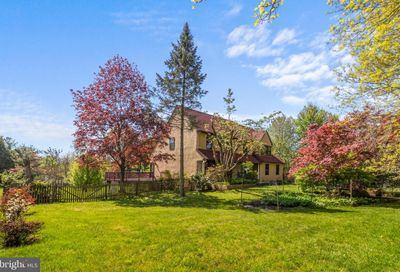 525 N Shady Retreat Road Doylestown PA 18901