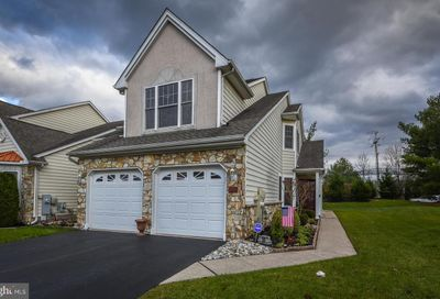 59 Griffith Miles Circle Ivyland PA 18974