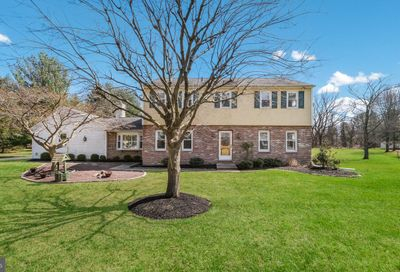 5823 Village Lane Doylestown PA 18902