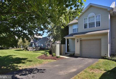 215 Prince William Way Chalfont PA 18914