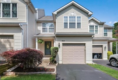 203 Loch Alsh Drive Chalfont PA 18914