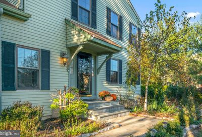 342 Parkview Way Newtown PA 18940