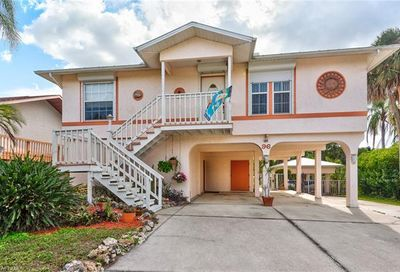 96 Cardinal Dr North Fort Myers FL 33917