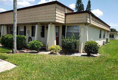9 Haverhill Ct Fort Myers FL 33919