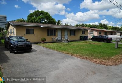 2660 NE 205th St Miami FL 33180