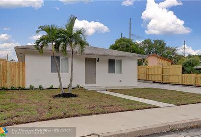 623 S Pine St Lake Worth FL 33460