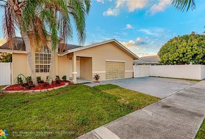 17970 SW 135th Ave Miami FL 33177