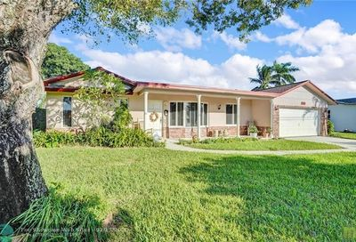 400 NW 43rd Ave Coconut Creek FL 33066