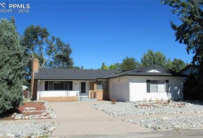2806 Greenwood Circle Colorado Springs CO 80910