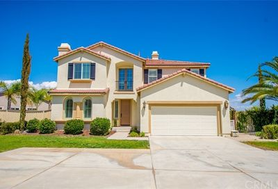 20 Via Palmieki Court Lake Elsinore CA 92532