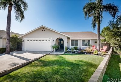 25061 Bellota Mission Viejo CA 92692