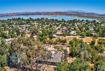 33425 Follman Way Lake Elsinore CA 92530