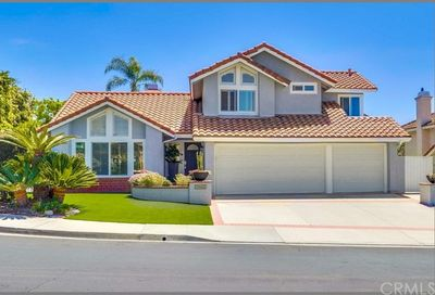 21662 Twinford Drive Lake Forest CA 92630