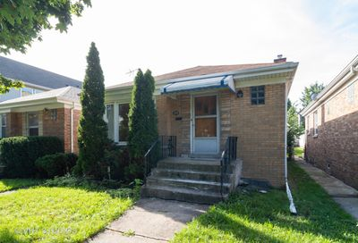 3733 West Dickens Avenue Chicago IL 60647