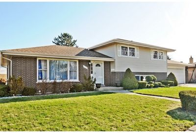 924 East 169th Street South Holland IL 60473