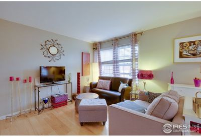 2862 Jasmine St Denver CO 80207