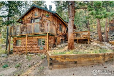 541 Riverside Dr Lyons CO 80540