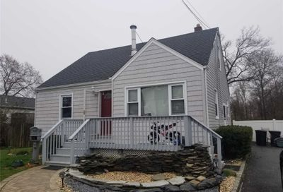 322 Atlantic Ave Bay Shore NY 11706