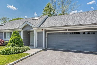 263 River Dr Moriches NY 11955