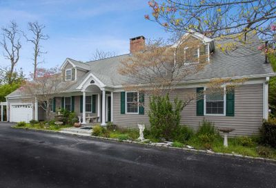 213 N Country Rd Miller Place NY 11764