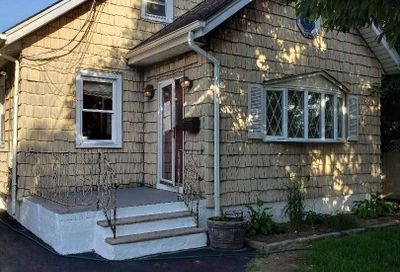 8 Chicago Ave N. Bellmore NY 11710