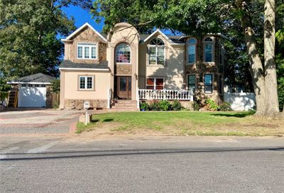 365 Waldo St Copiague NY 11726