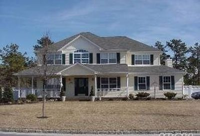 7 Southaven Dr Brookhaven NY 11719