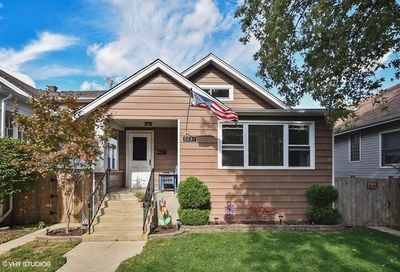 5237 N Lind Avenue Chicago IL 60630