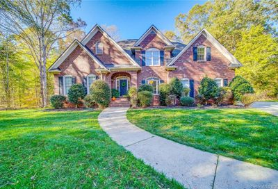 13302 Woody Point Road Charlotte NC 28278