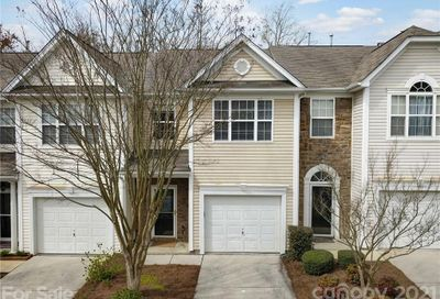 1504 Royal Auburn Avenue Fort Mill SC 29708