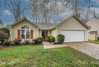 10010 Redbud Tree Court Charlotte NC 28273