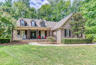 1911 Notchwood Court Lake Wylie SC 29710