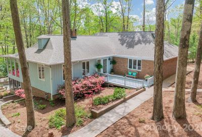 61 Heritage Drive Lake Wylie SC 29710