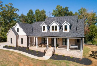 743 Misty Arbor Ford Lake Wylie SC 29710