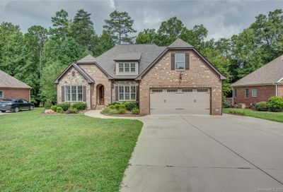 4013 Foxes Trail Cramerton NC 28032
